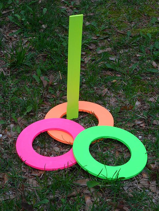 neon-ring-toss-1